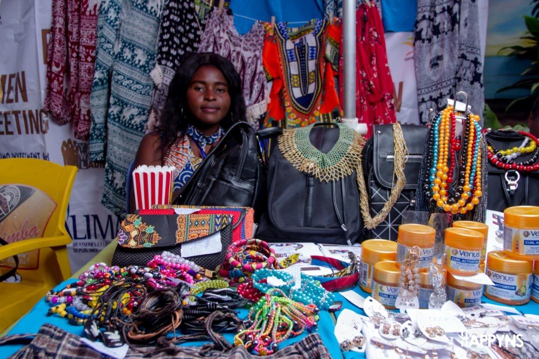 AFRICAN QUEEN'S DAY KWETU MAGAZINE (15)