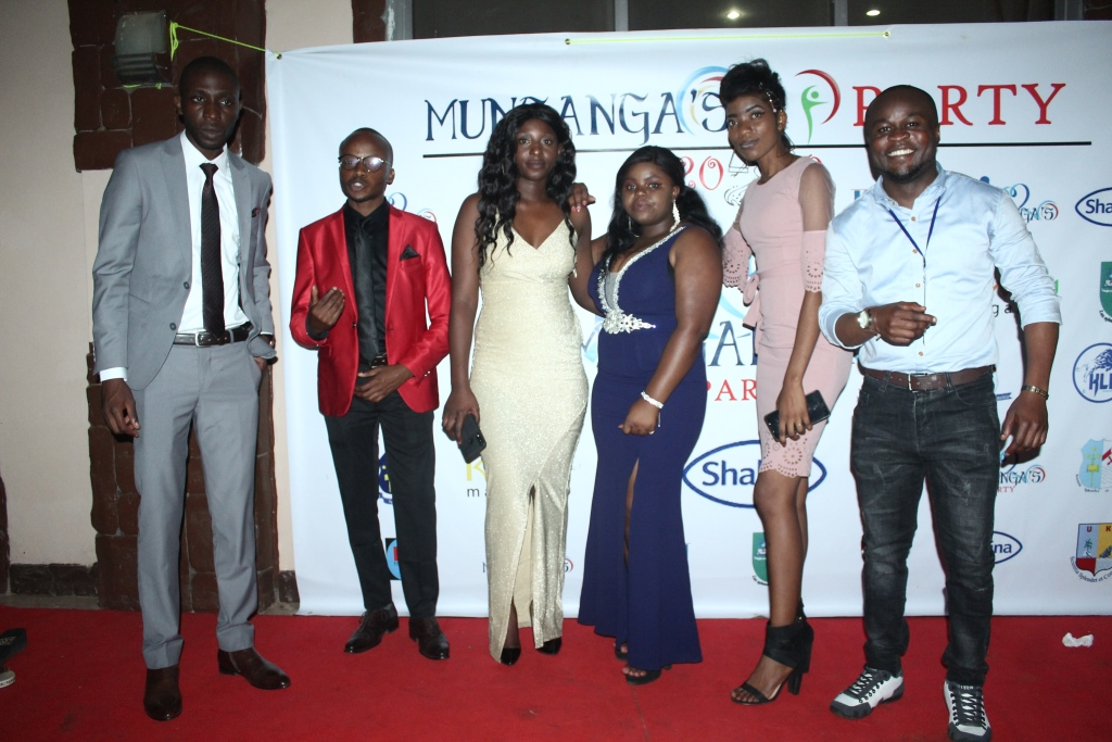 Munganga's Party (388)