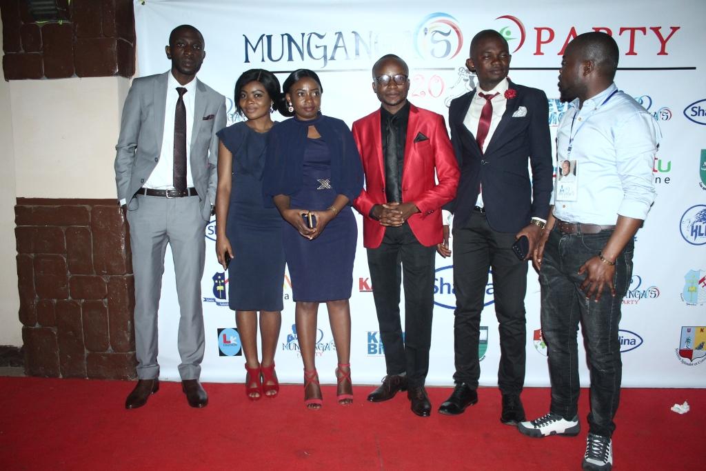 Munganga's Party (392)