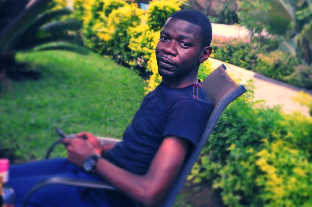 006: Hervé LUMBWE – Il est encore temps pour nos leaders de toute catégorie de parier sur la jeunesse congolaise qui est un potentiel inestimable.